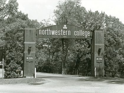 old image of the entrance to Northwestern College